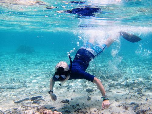 透明度の高いマニャガハ島の海
